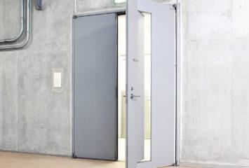開放軽減機構付き鋼製ドア エア・バランサー3