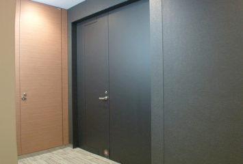 開放軽減機構付き鋼製ドア エア・バランサー5